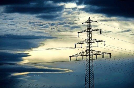 Der Stromhandel mit Österreich entwickelt sich für Deutschland zum Zuschussgeschäft. Gespräche zwischen Berlin und Wien haben bisher zu keinem Ergebnis geführt. Foto: dpa