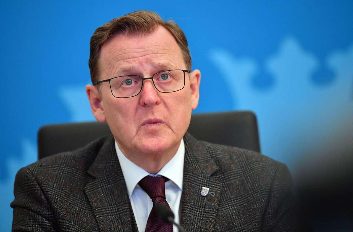 Thüringens Ministerpräsident Bodo Ramelow (Linke) ist mit dem Videoformat der Bund-Länder-Treffen nicht zufrieden. (Archivbild) Foto: dpa/Martin Schutt