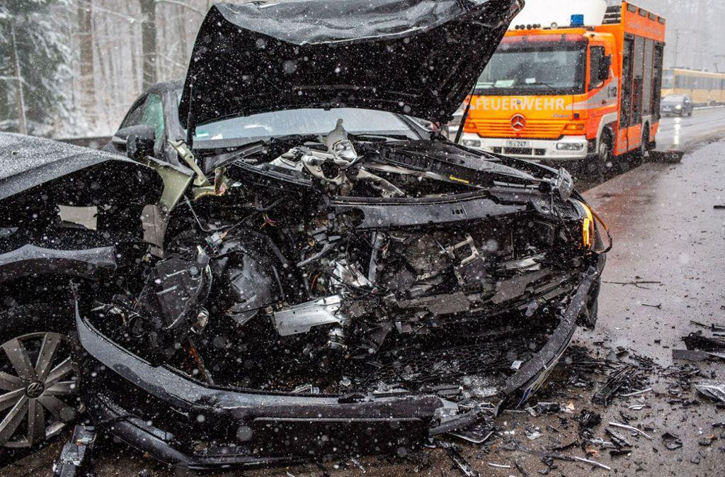 In Stuttgart-Sillenbuch ereignete sich ein schlimmer Unfall. Foto: 7aktuell.de/David Skiba