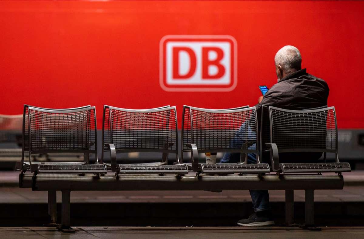 Die Deutsche Bahn zieht vor Gericht. Foto: dpa/Peter Kneffel