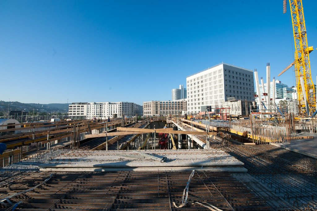 Wir fotografieren die Baustellen in Stuttgart regelmäßig: Dieses Mal haben wir uns die Fortschritte beim Milaneo im Europaviertel angesehen. Klicken Sie sich durch die Baustellenbilder.  Foto: www.7aktuell.de | Florian Gerlach