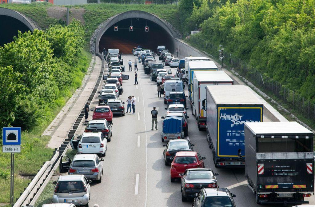 Tiefgefrorene Schnitzel haben am Donnerstagmorgen im Berufsverkehr auf der Autobahn 81 für einen vier Kilometer langen Stau gesorgt. (Symbolbild) Foto: 7aktuell.de/Nils Reeh