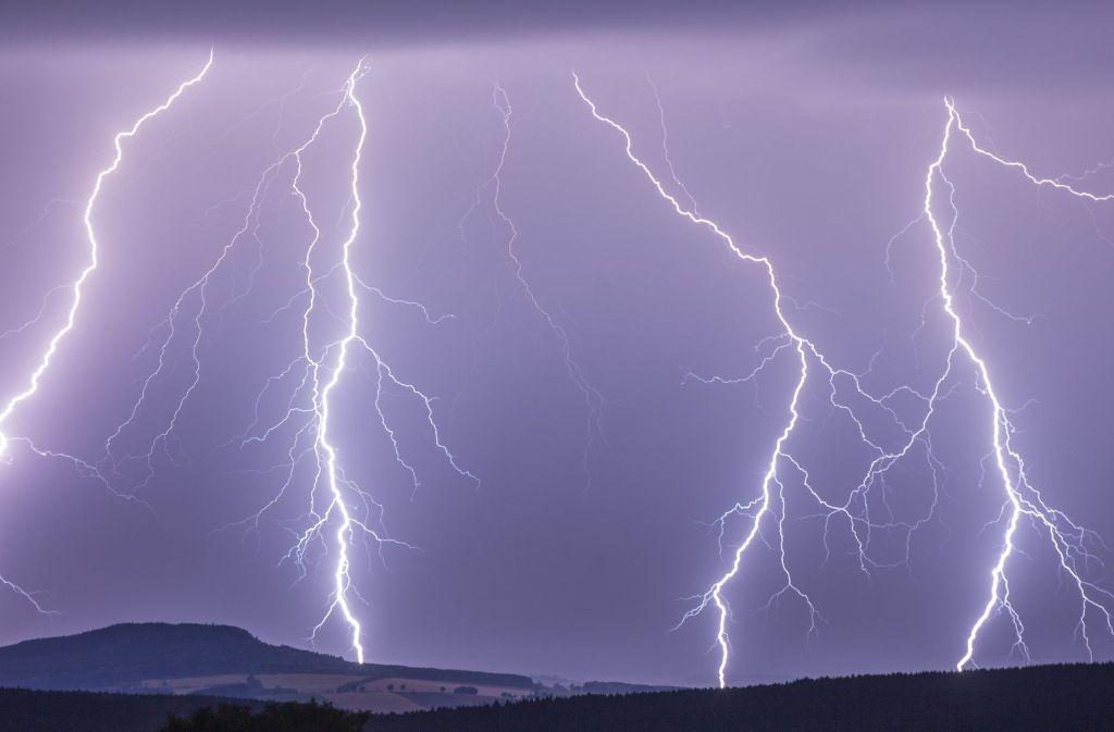 Ein Gewitter hat auch in Burladingen Schaden angerichtet. Foto: dpa/Symbolbild
