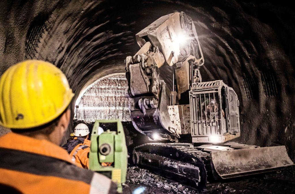 Die Belastungen aus dem Tunnelbau werden in Untertürkheim bemerkbar. Foto: Lg/Kovalenko