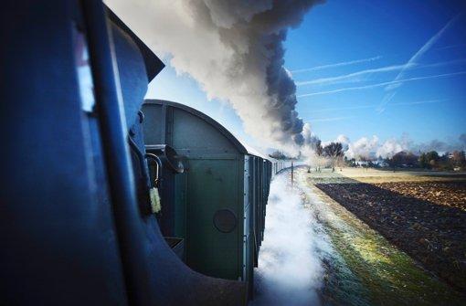 Defekte Dampflok und gesperrte Gleise