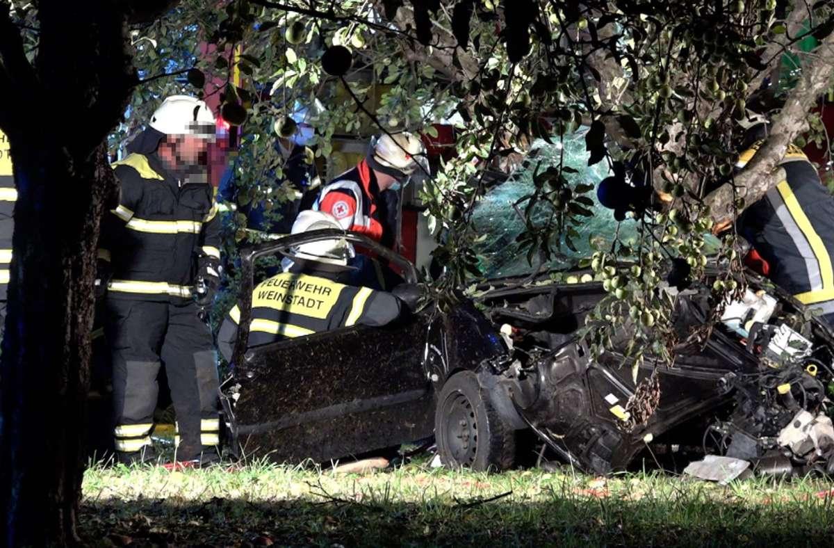 Die Ursache des schweren Unfalls bei Weinstadt ist noch unklar. Foto: 7aktuell.de/Simon Adomat