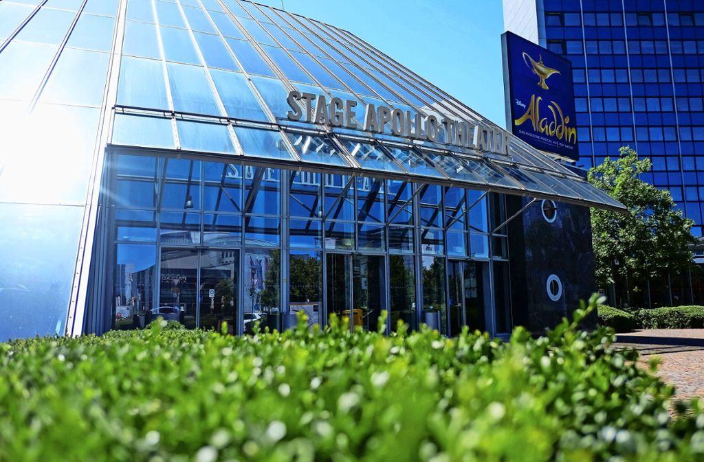 Die Plätze vor dem SI-Centrum in Stuttgart-Möhringen sind menschenleer. Foto: Max Kovalenko