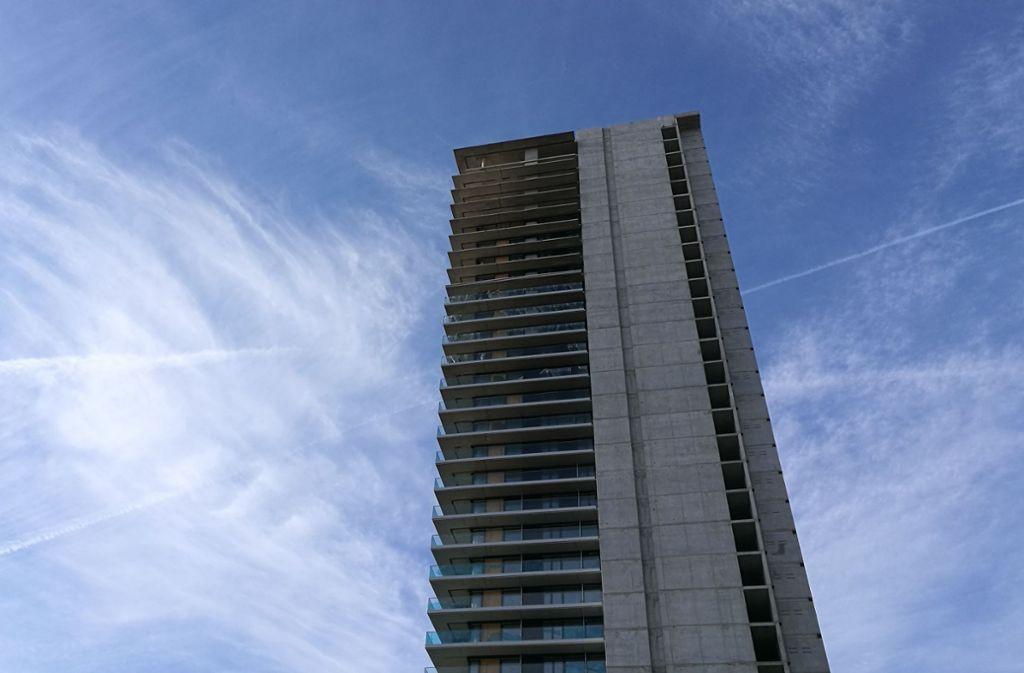 Der vor wenigen Tagen verkaufte 107 Meter hohe Tower in Fellbach. Foto: Patricia Sigerist