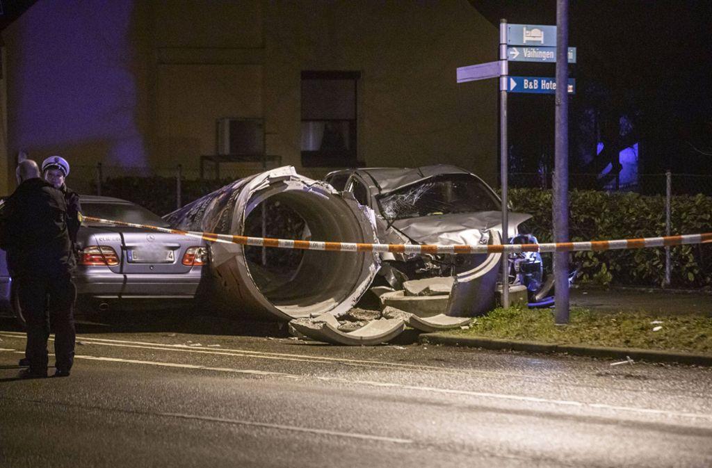 Vor dem Angriff geschieht ein Unfall: Der 32-Jährige verliert die Kontrolle über sein Auto. Foto: 7aktuell.de/Simon Adomat