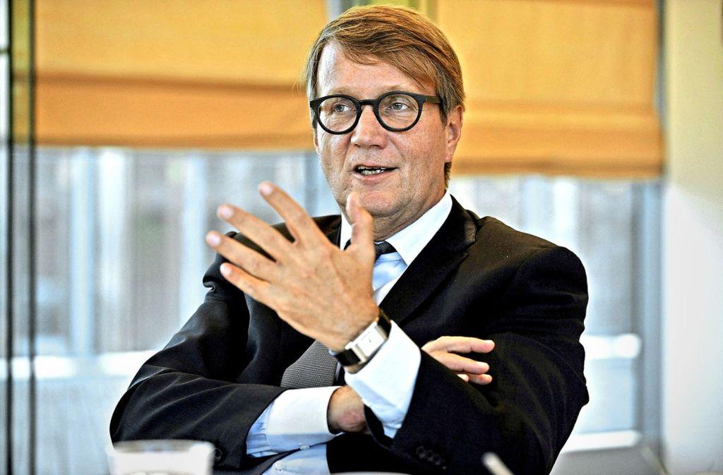 Ronald Pofalla sieht auch nach dem jüngsten Urteil zu Stuttgart21 den Terminplan für das Vorhaben nicht in Gefahr. Foto: Lipicom/Michael Ebner