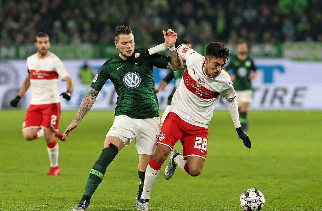 Daniel Ginczek beim Spiel gegen seine früheren Kollegen vom VfB Stuttgart. Foto: Pressefoto Baumann