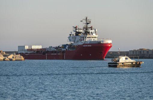 """Flüchtlinge an Bord der """"Ocean Viking"""" können an Land gehen"""