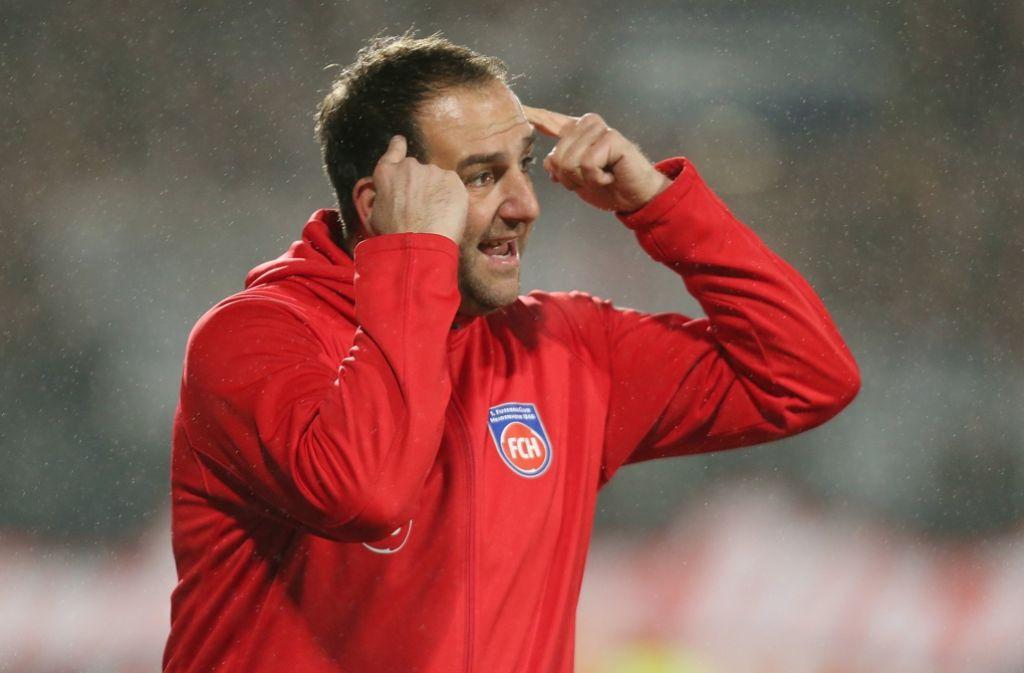 Emotionaler Trainer-Typ: Heidenheims Erfolgscoach Frank Schmidt. Foto: Baumann