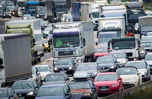 Am Wochenende wird es voll auf den Autobahnen