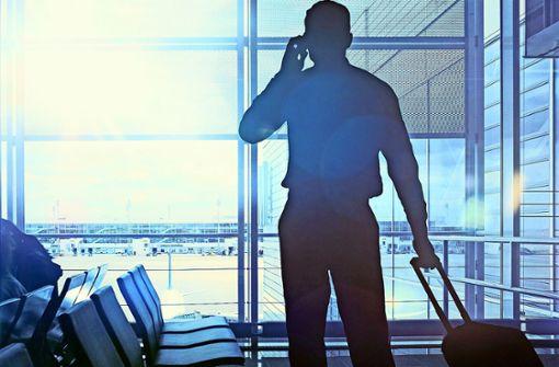 Handy auf Reisen: So vermeiden Sie Kostenfallen