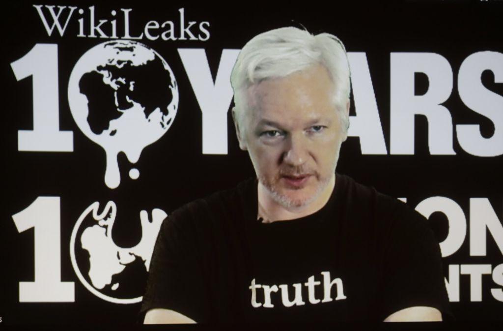 Wikileaks-Gründer Julian Assange lebt seit vier Jahren in der ecuadorianischen Botschaft in London. Foto: AP