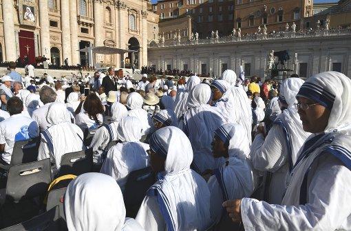 Papst spricht Mutter Teresa heilig