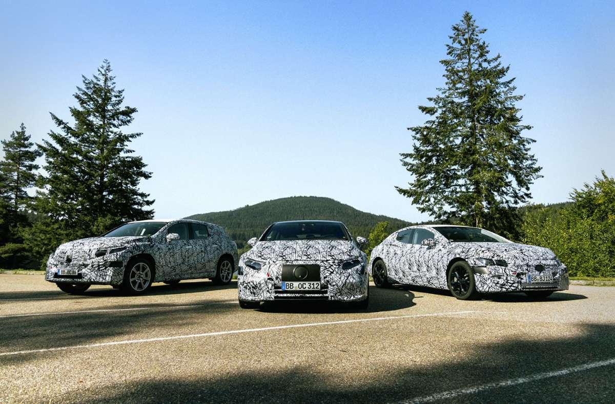 Noch sind die Elektromodelle der neuen Plattform getarnt.  Nächstes Jahr kommt zuerst der EQS auf den Markt. Foto: /Mercedes-Benz AG