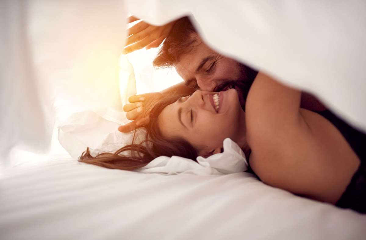 """In der Kolumne """"Lasst uns über ... reden"""" geht es um Fragen rund um  Liebe, Sex und Intimes. Foto: stock.adobe.com"""