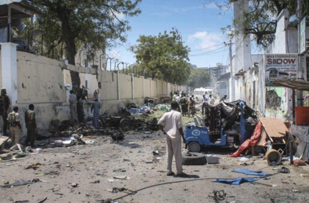 Beim Terroranschlag in Mogadischu im April sterben sieben Menschen. Foto: EPA