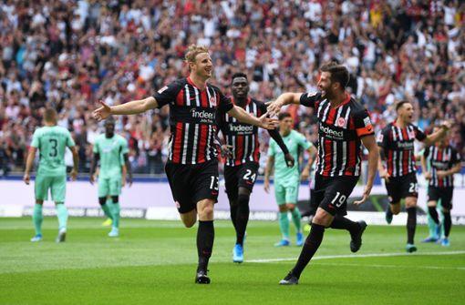 Blitztor beschert Eintracht Frankfurt Auftakt nach Maß