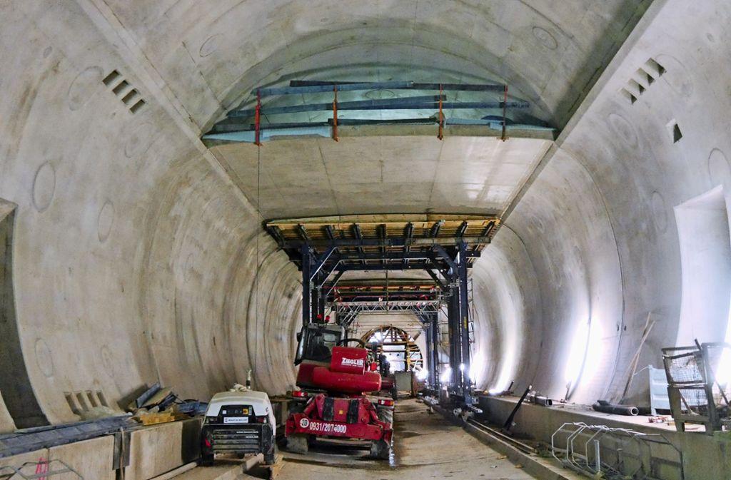Beim Bau des Rosensteintunnels – hier ein Bild von Februar 2018 – klemmt es. Die Arbeiten sind in Verzug. Über den Schuldigen dafür wird gestritten. Foto: Stadt Stuttgart