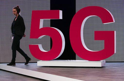 Telekom beginnt mit Berlin und Bonn