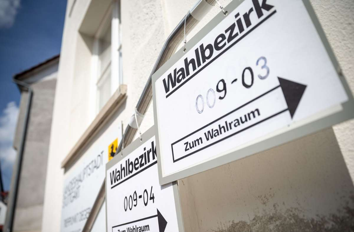 Die OB-Wahl rückt näher, die Stadtverwaltung versendet in den nächsten vier Wochen die Benachrichtigungen dazu. Wer will, kann schon vorab sein Kreuzchen machen. Foto: Lichtgut/Julian Rettig