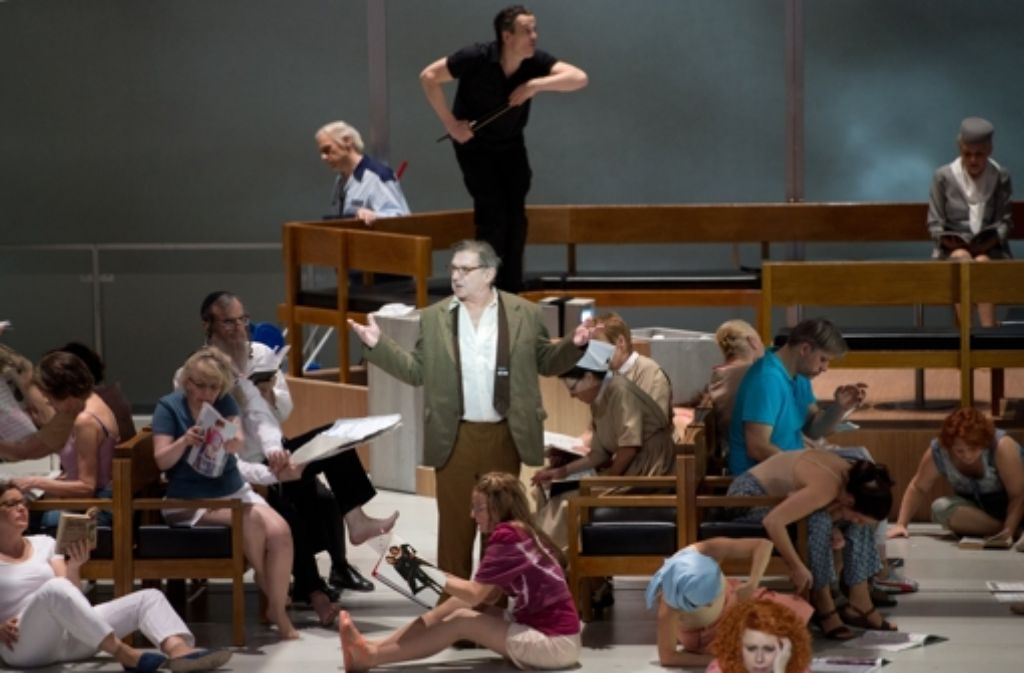 """Die Oper """"Wunderzaichen"""" feierte am Sonntag in Stuttgart Uraufführung. Foto: dpa"""