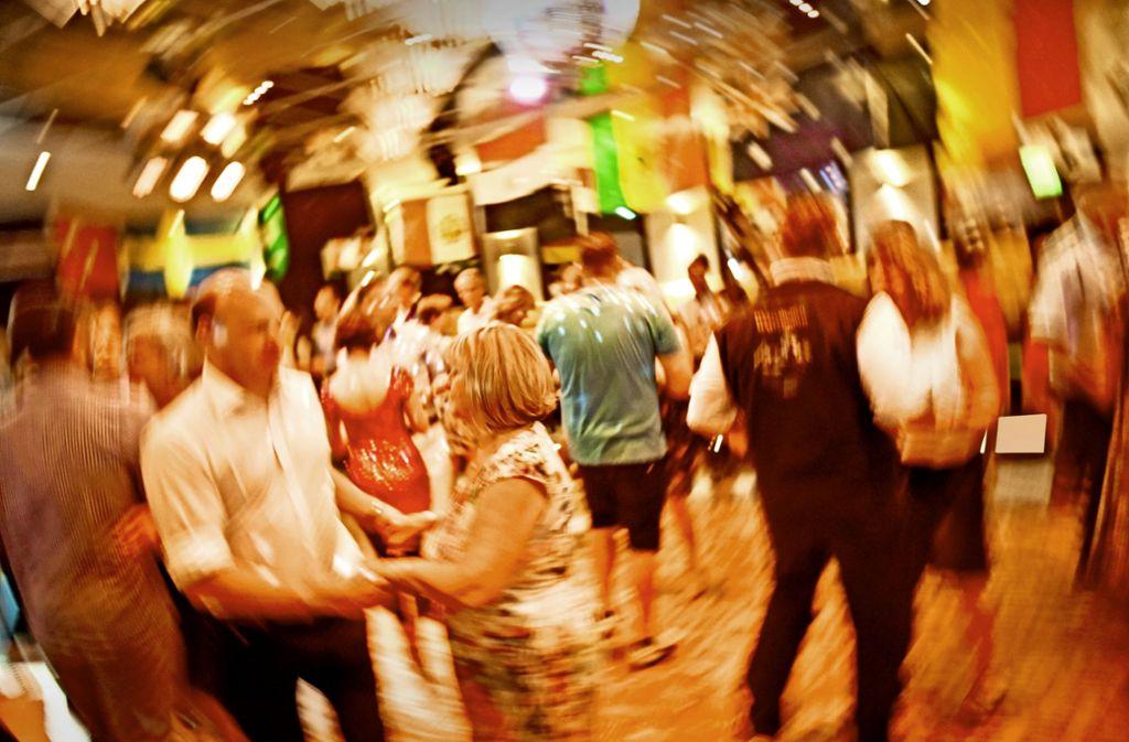Disco und Paartanz gemischt:  Die Stuttgart Dance Night hat viele junge und ältere Tänzer begeistert. Foto: Lichtgut/Max Kovalenko