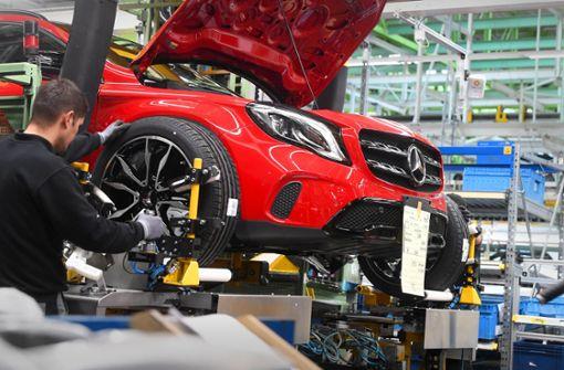 Autobauer  schließen  Fabriken