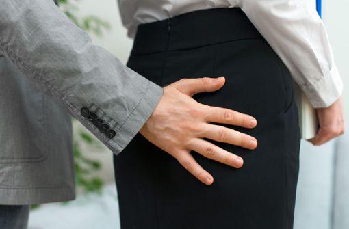 So schützt man sich vor Belästigungen am Arbeitsplatz