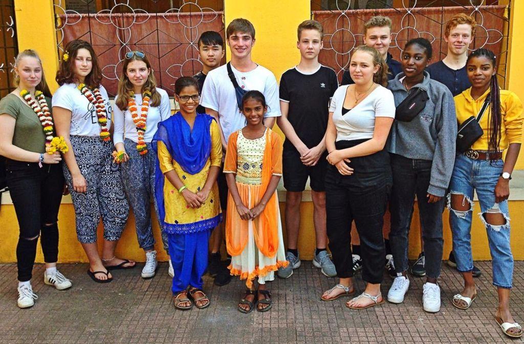 Die Jugendlichen aus Möhringen haben auch das Patenkind der Anne-Frank-Schule und ihre Schwester besucht. Foto: privat