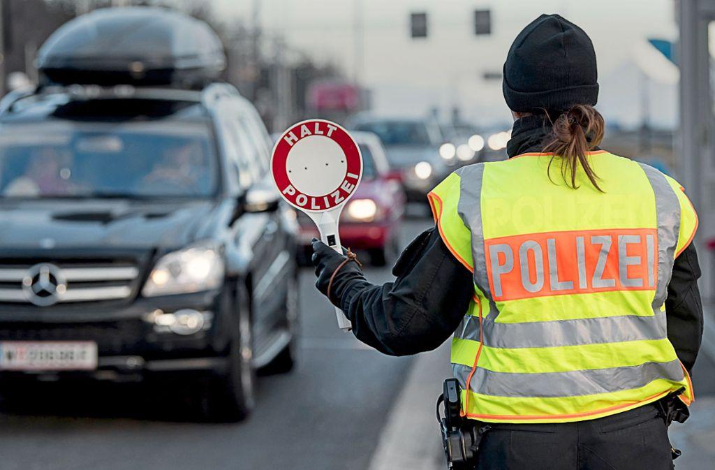 Kontrollen an den EU-Binnegrenzen könnten wieder zum Regelfall werden, wenn Horst Seehofer seine Pläne umsetzen wird. Foto: dpa