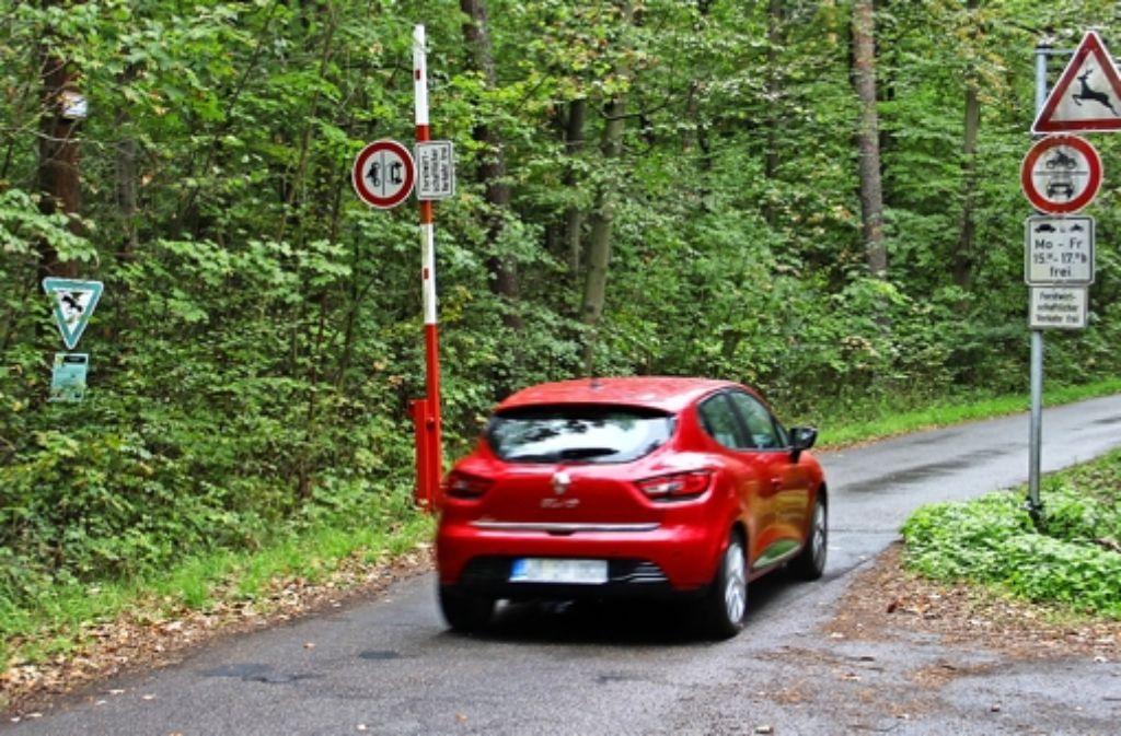 Der Verbindungsweg zwischen Weilimdorf und Zuffenhausen darf derzeit morgens und abends noch mit dem Auto befahren werden. Foto: Martin Braun