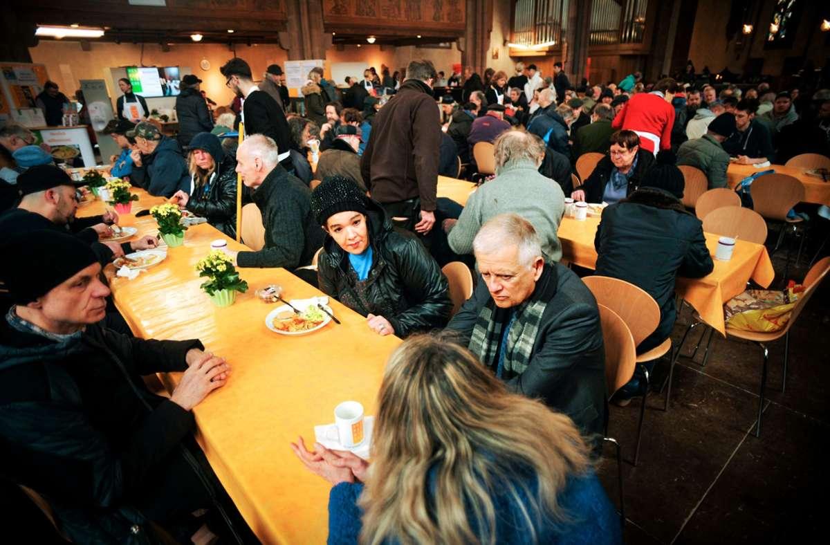 Dicht an dicht: So kann die Vesperkirche 2021 ihre Gäste nicht bewirten. Foto: Lichtgut/Max Kovalenko