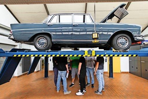 Die Geheimnisse der alten Autos