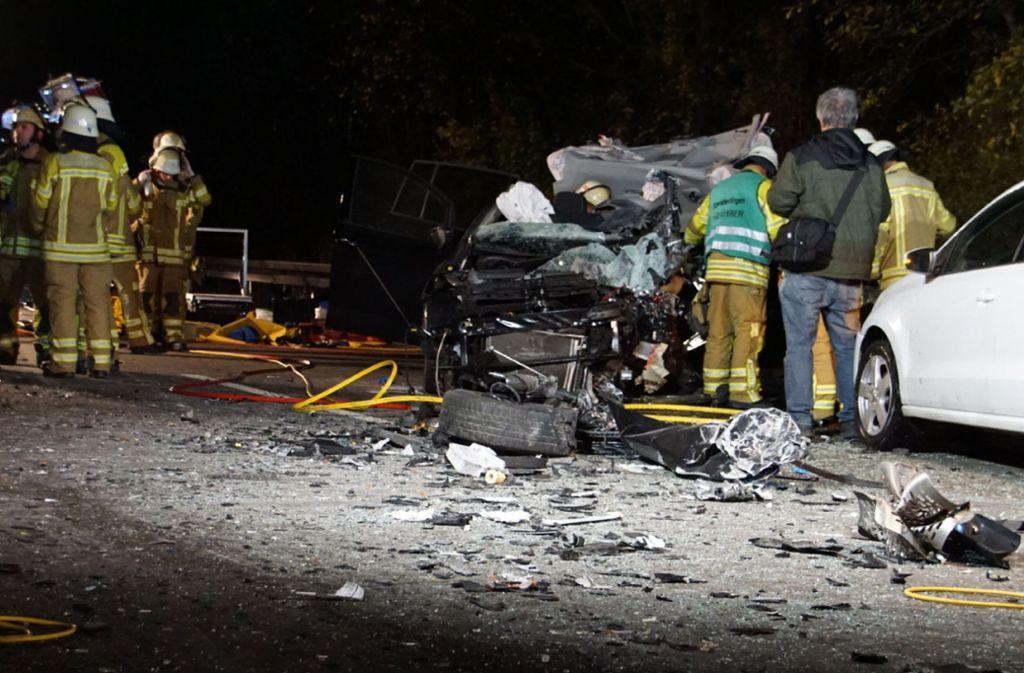 Auf der B10 bei Schwieberdingen hat sich ein schwerer Unfall ereignet. Foto: dpa/Sdmg
