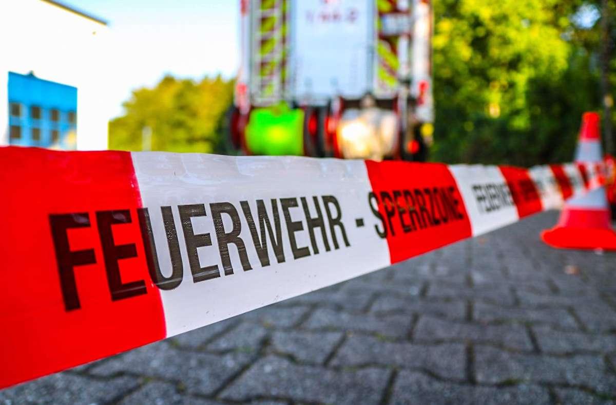 Die Feuerwehr konnte den Jugendlichen nur noch tot bergen. (Symbolbild) Foto: imago images/Einsatz-Report24