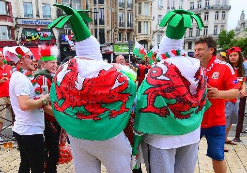 So verrückt feiern die Wales-Fans
