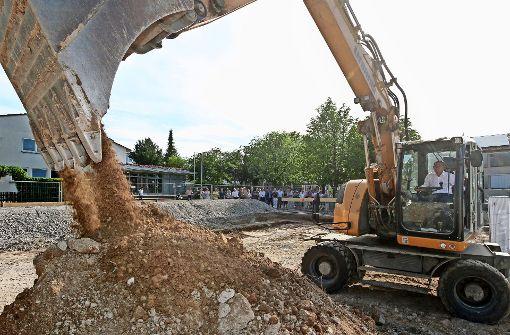 Viel Geld aus der Stadtkasse fließt in  Baustellen