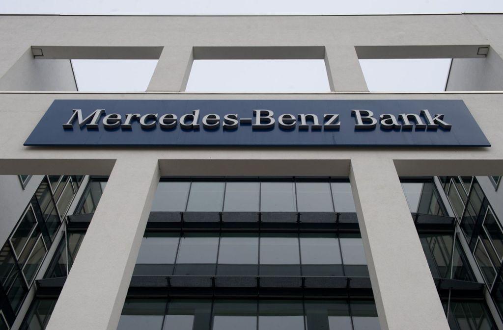 Die Mercedes-Benz-Bank wollte sich zu Details des Verfahrens und möglichen Konsequenzen nicht äußern. Foto: dpa