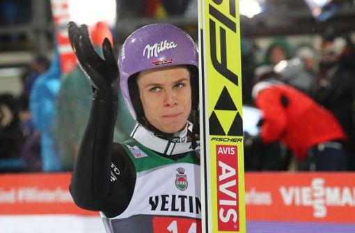 Skispringer Andreas Wellinger im Sinkflug