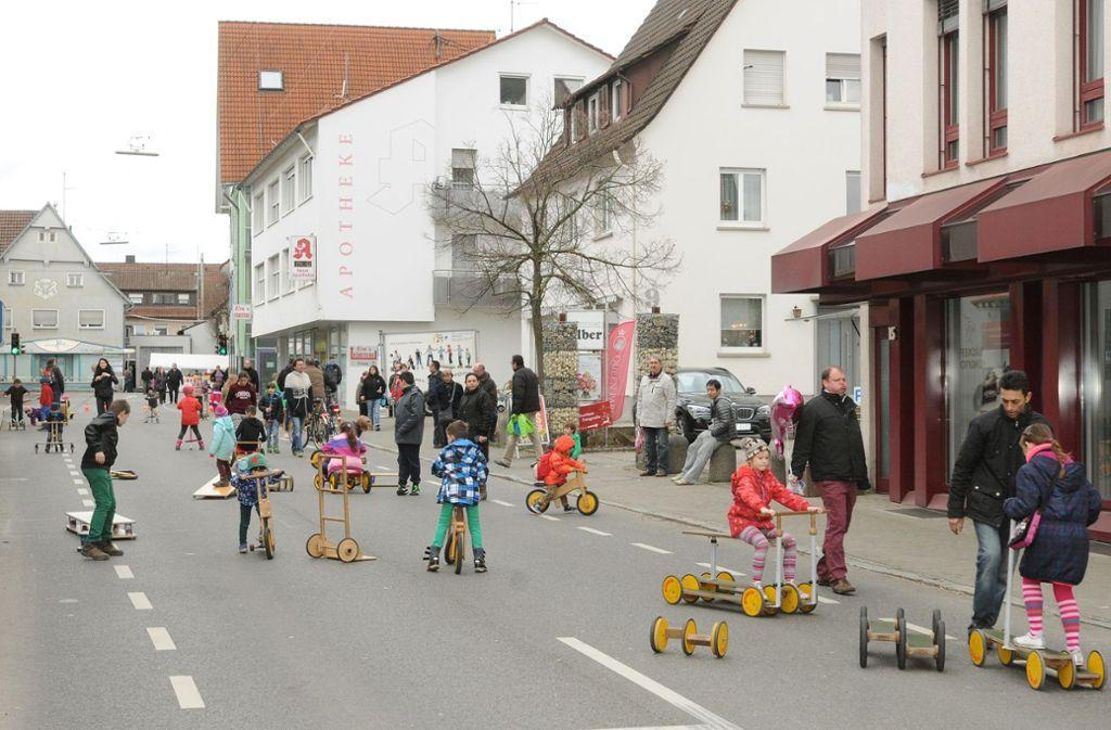 ür den Pferdemarkt wird  in Filderstadt-Bernhausen die Straße gesperrt. Temporäre Sperrungen gibt es  bald  auch in Stuttgart. Foto: Günter E. Bergmann
