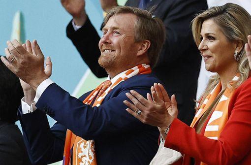 Warum der niederländische König Deutschland die Daumen drückt