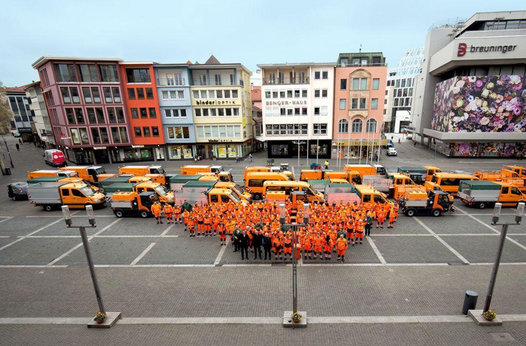 Die neuen Mitarbeiter wurden teils schon im Vorjahr eingestellt – nun fiel ihr offizieller Startschuss. Foto: Lichtgut/Leif-H.Piechowski