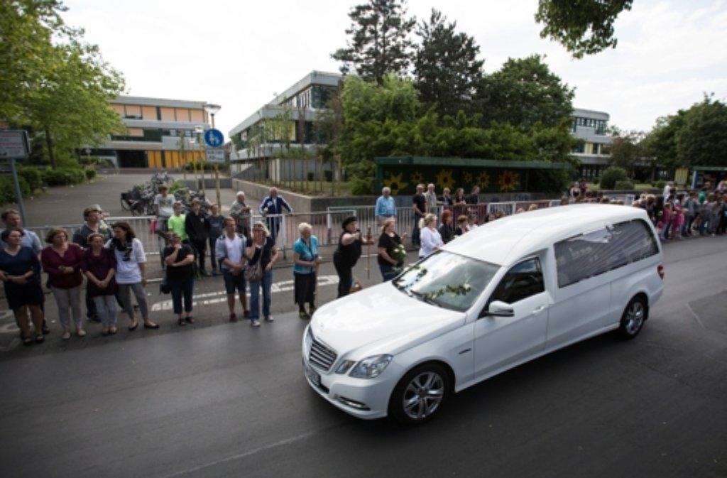 Letztes Geleit für die Toten des Germanwings-Absturzes in Haltern. Foto: dpa