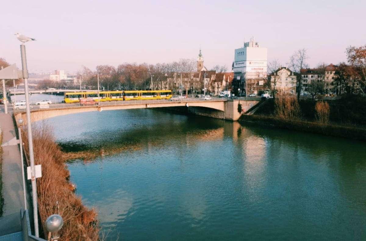 Stuttgart hat mehr zu bieten als Mitte, Süd, Nord, West und Ost. Im Hoodcheck zeigen wir euch die schönsten Ecken abseits vom Kessel. Diesmal: Bad Cannstatt Foto: Samra Hasanovic