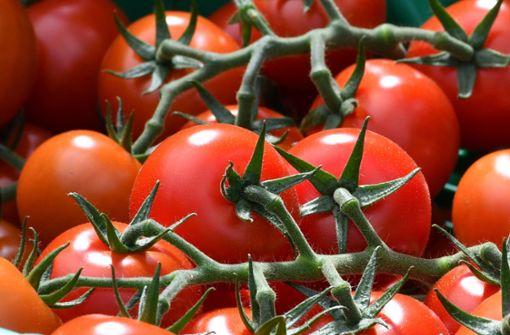 Tomaten-Diebstahl eskaliert – Angreiferin kann flüchten