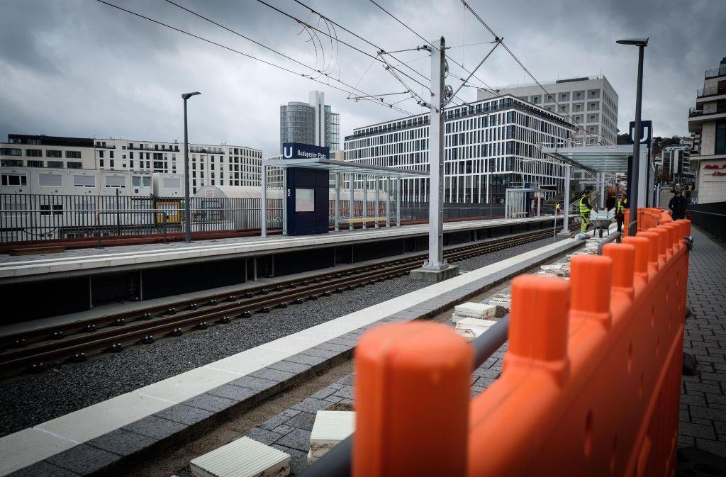 Am Samstag sollen die ersten Bahnen am Budapester Platz halten. Foto: Lichtgut/Achim Zweygarth